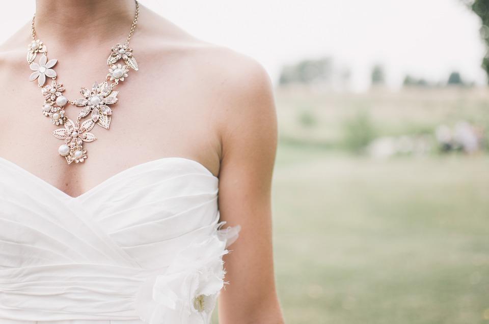 Dove comprare i gioielli più emozionanti?