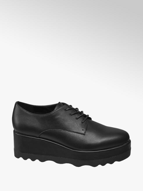 Perché scegliere le sneakers con la zeppa?